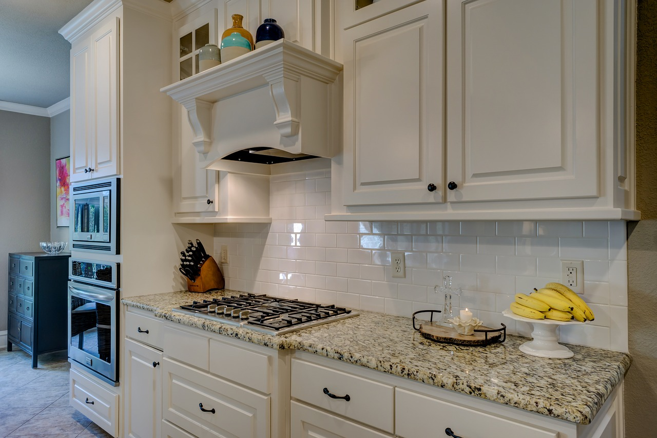 White Shaker Kitchen Cabinets: The Perfect Addition to Your Home