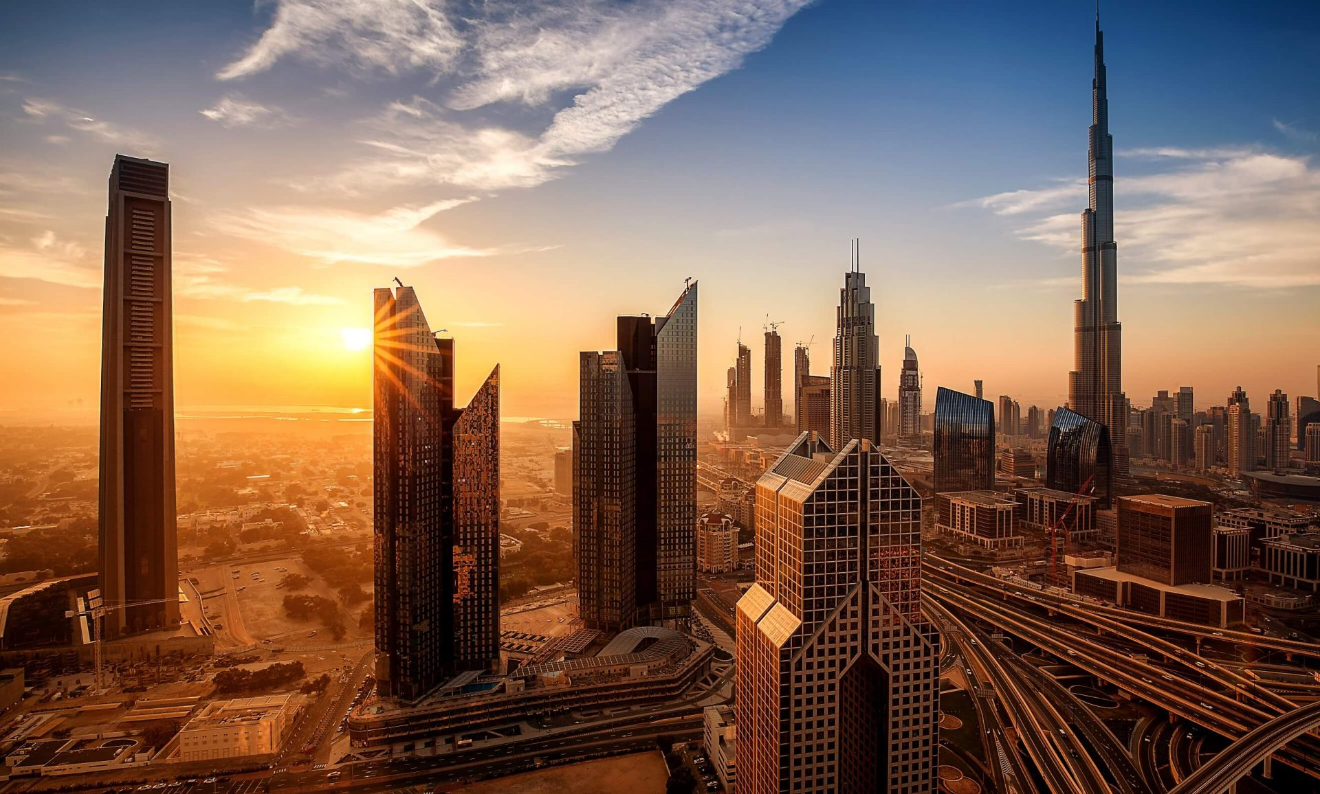 Know What to Consider Before You Purchase a Property in Dubai