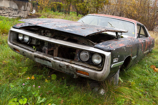 7 Reasons to Sell Your Old Junk Car
